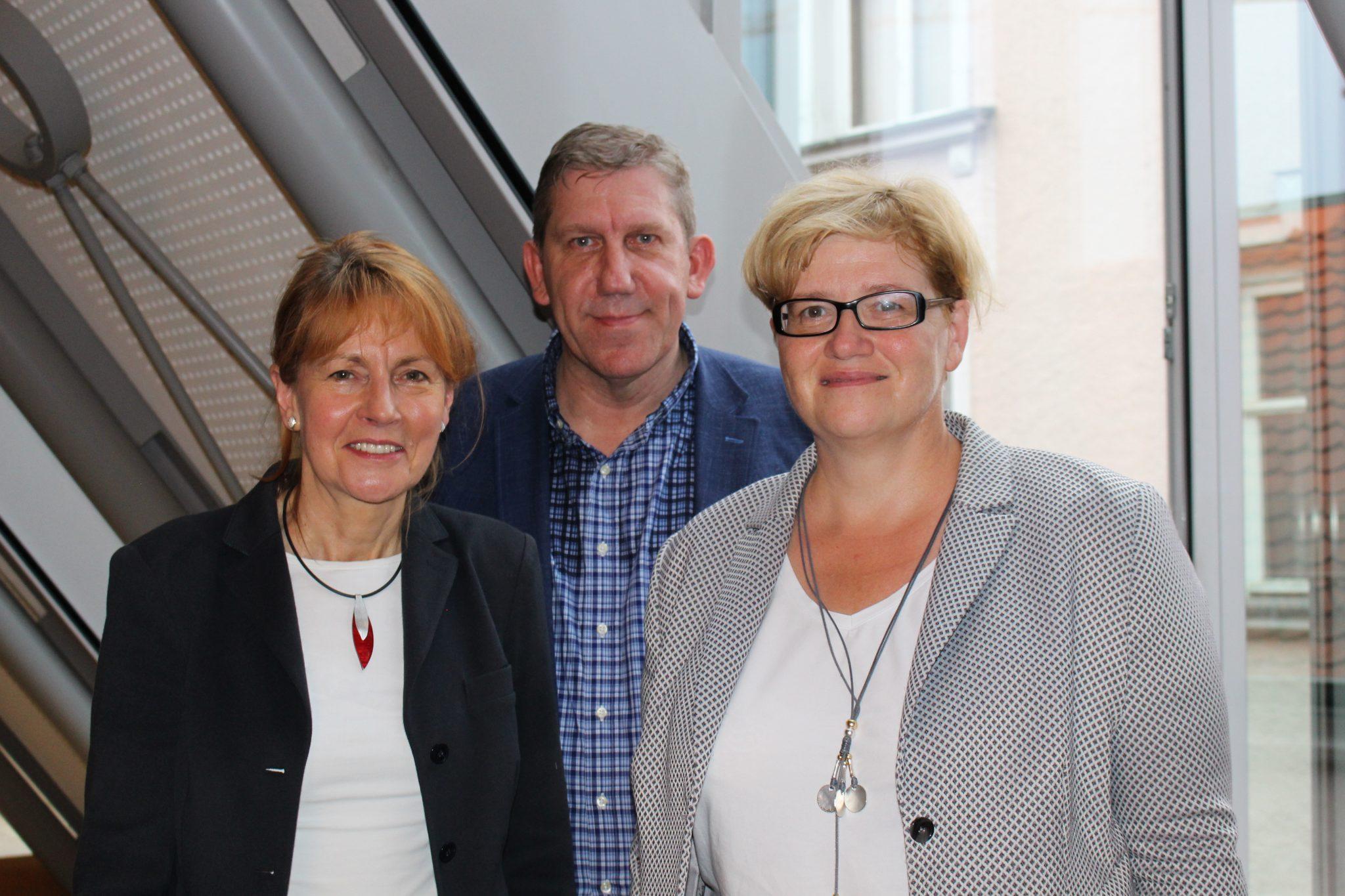 Edelgard Bulmahn, Vizepräsidentin des Deutschen Bundestages, MdB Andreas Schwarz und Anette Kramme, Parlamentarische Staatssekretärin, bei ihrer Diskussionsveranstaltung zur Demokratie in Forchheim.